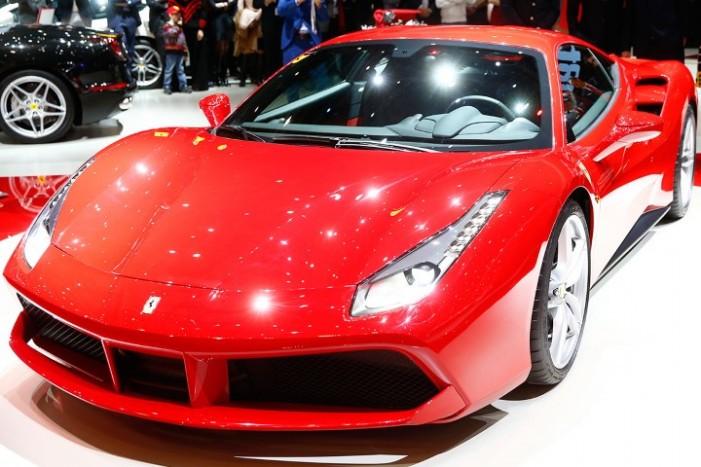 Vezi ultimul răcnet de la Ferrari (Foto)