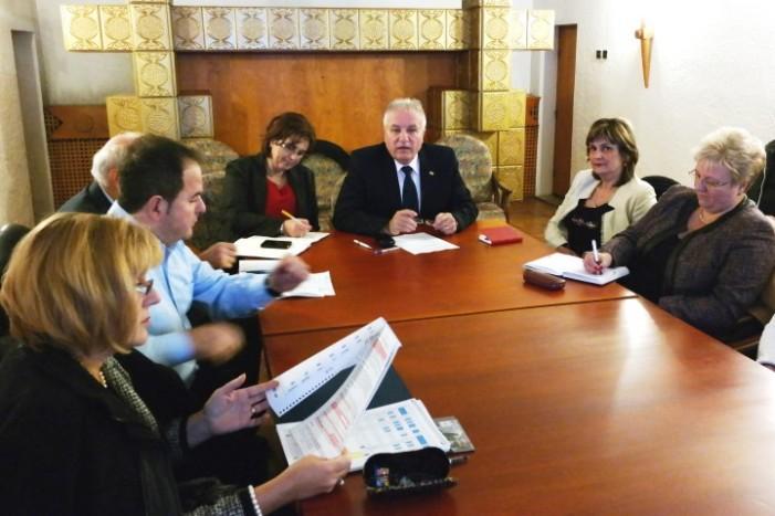 Prefectul vine în sprijinul industriei lemnului din județul Satu Mare