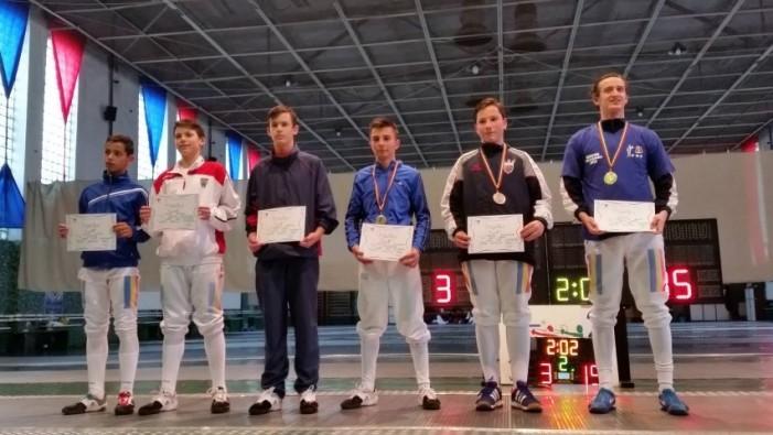 Spadă: Sătmăreanul Adam Macska a câștigat Campionatul Național de speranțe