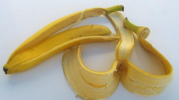 De ce să nu arunci coaja de banană