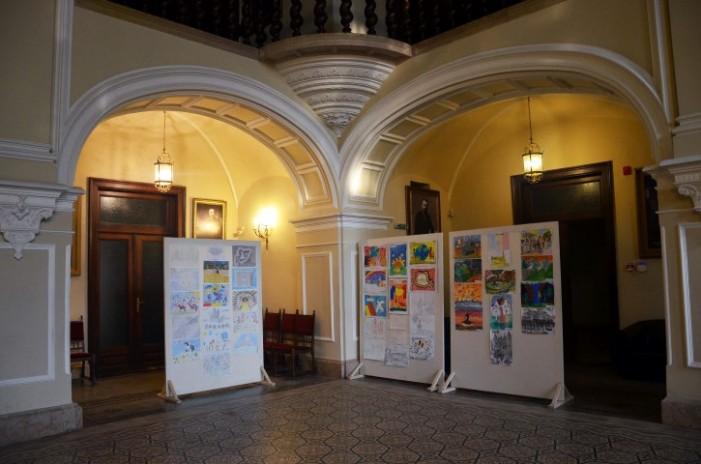 Rezultatele concursului de desene organizat cu ocazia zilei de 25 Octombrie la Carei