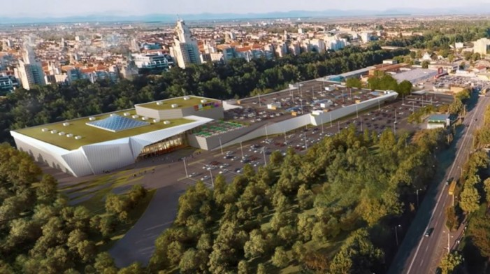Dorel Coica acuză UDMR-ul că blochează construirea mall-ului de pe Careiului