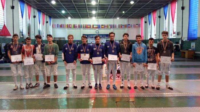 CS Satu Mare1 a câștigat titlul național la spadă masculin pe echipe