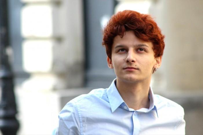 """""""Și noi dansăm"""", primul single semnat de Bogdan Bratiș (Video)"""