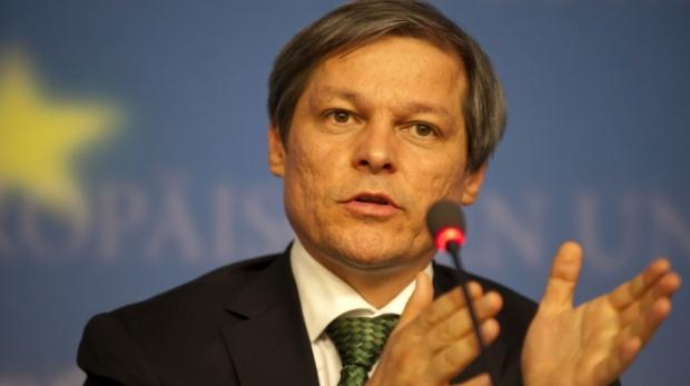 Premierul desemnat Dacian Cioloş a anunţat componența noului guvern. Vezi lista miniștrilor