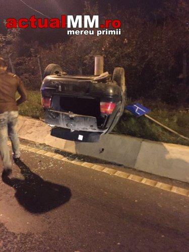 Doi sătmăreni răniți într-un accident pe DN 1C (Foto)
