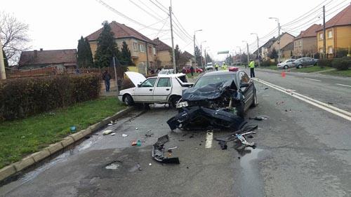 Accident cu o persoană rănită pe strada Aurel Vlaicu (Foto)