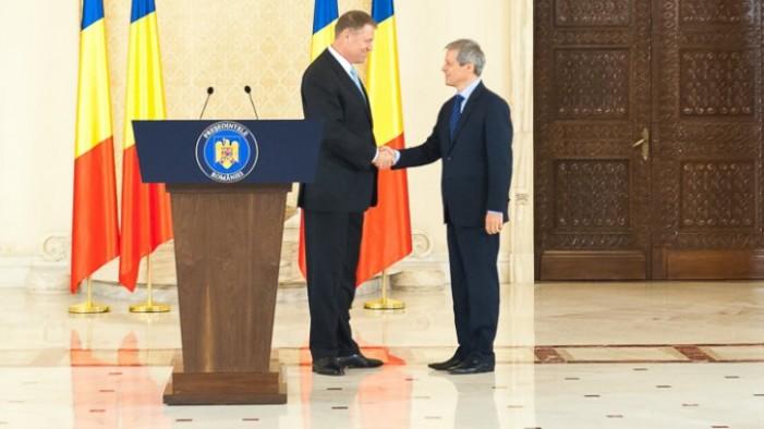 Cabinetul Cioloș a depus jurământul de învestitură