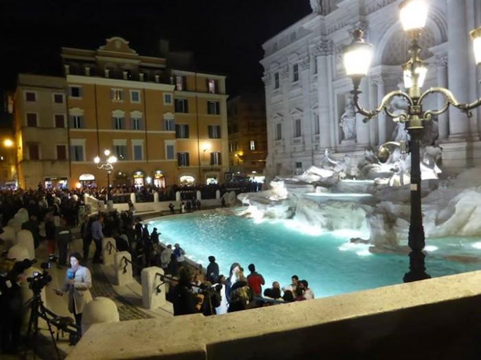 Fontana di Trevi redeschisă după 16 luni