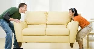 Și-a lăsat soțul fără mobilă
