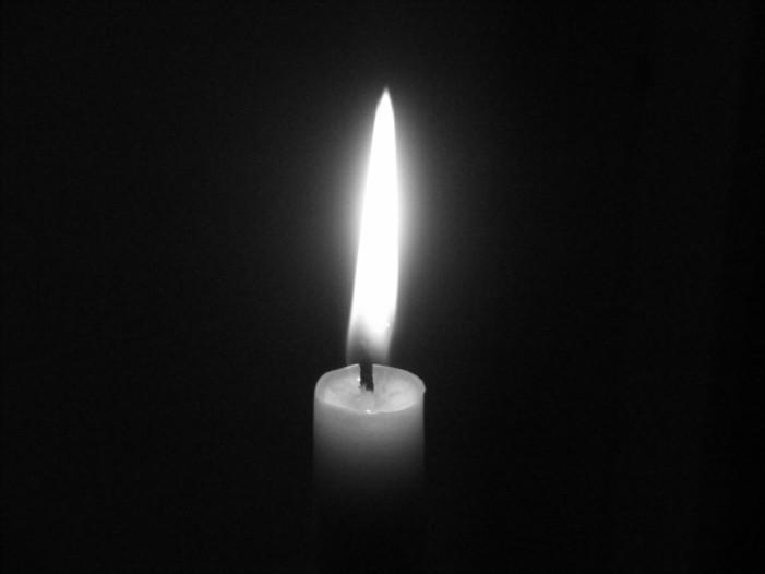 Doi români au murit în atentatele de la Paris