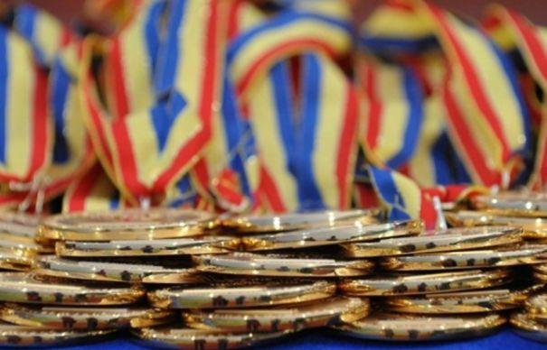 Guvernul premiază elevii medaliaţi la olimpiadele internaţionale