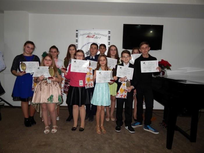11 premii și o mențiune pentru pianiștii sătmăreni la Concursul Național de la Vaslui (Foto)