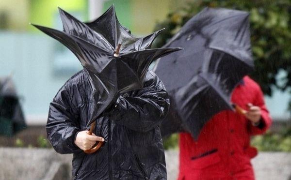 Ploi, vijelii și grindină în județul Satu Mare. Vezi de când