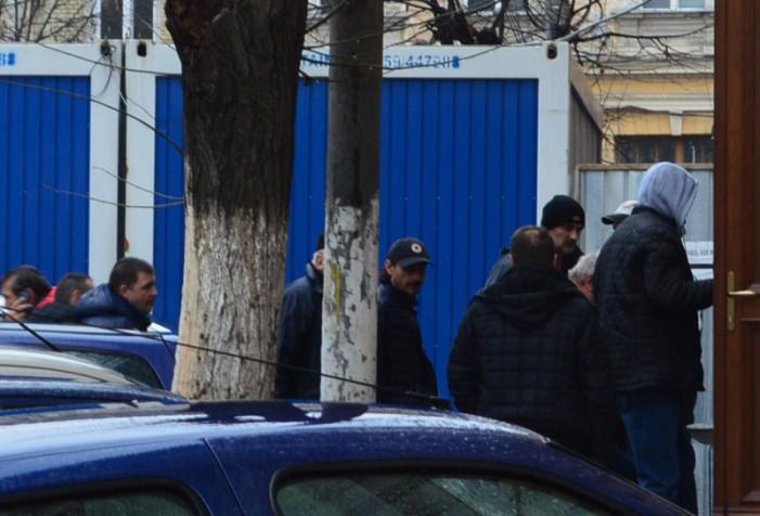"""Judecătorii au amânat decizia arestării preventive, în cazul celor 7 """"afaceriști"""" sătmăreni"""