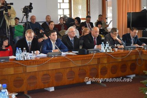 Consilierii PNL cer demisia vicepreședintelui Consiliului Județean, Mircea Govor