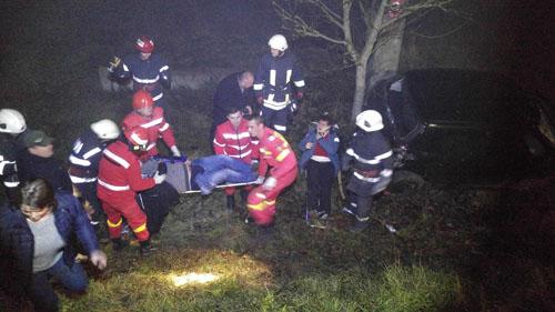 Dublu accident cu trei răniți între Ciuperceni și Livada (Foto)