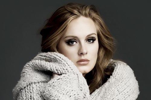 Adele, artista care a ajuns cel mai repede la un miliard de vizualizări pe YouTube (Video)