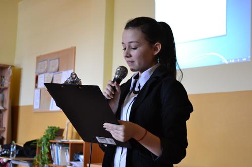 """Liceul Teoretic German: Vezi rezultatele concursului """"Dor de Eminescu"""""""
