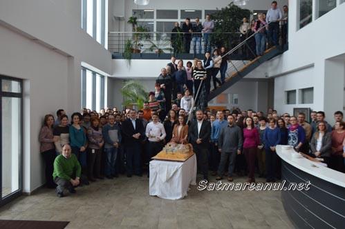 Mani Gyenes, întâmpinat cu aplauze și tort la firma Autonet (Foto)