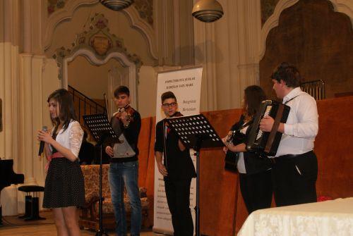 """Concursul județean """"Darul ce ni s-a făcut prin Eminescu …"""", la a III-a ediție"""