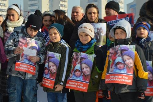 Miting de solidaritate cu familia Bodnariu, în centrul municipiului Satu Mare (Galerie foto)