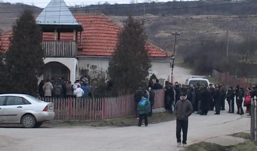 Tânăra care a murit în accidentul din Mădăras, condusă pe ultimul drum (Foto)