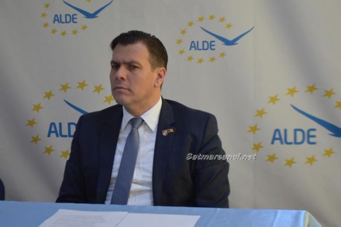 Adrian Ștef îl critică pe premierul Dacian Cioloș (Video)