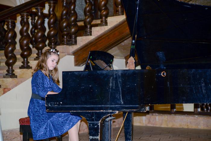 Recital de pian și voce la Castelul din Carei
