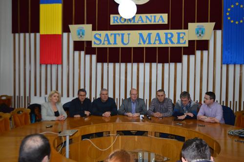 UDMR și PNL au cerut amânarea ședinței de buget