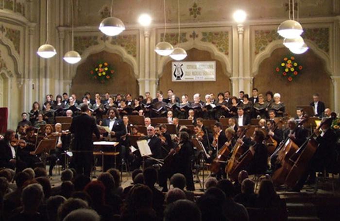 Concert simfonic la filarmoncă
