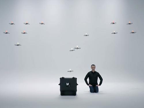 Cel mai spectaculos număr al primului tehno-iluzionist din lume (Video)