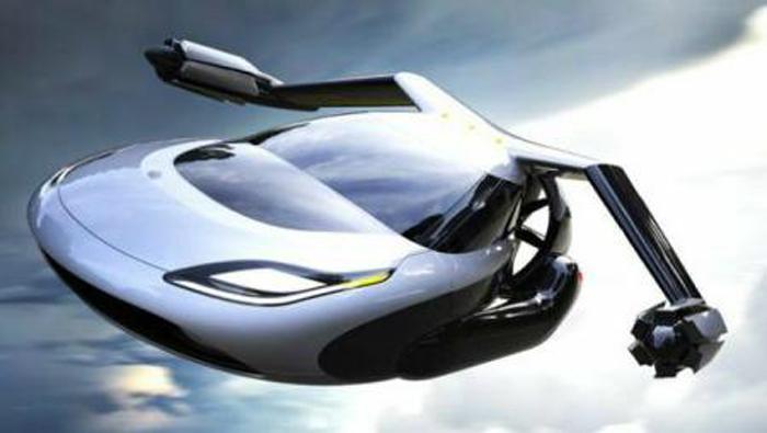 Prima mașină zburătoare se va pune în vânzare peste opt ani (Video)