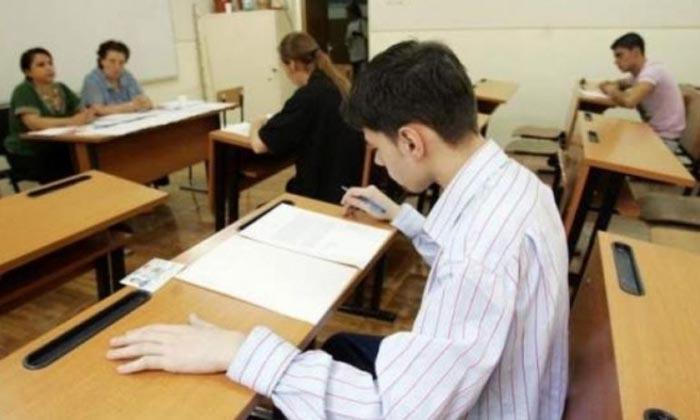 Elevii claselor a VIII-a susţin simularea Evaluării Naţionale la Limba şi literatura Română