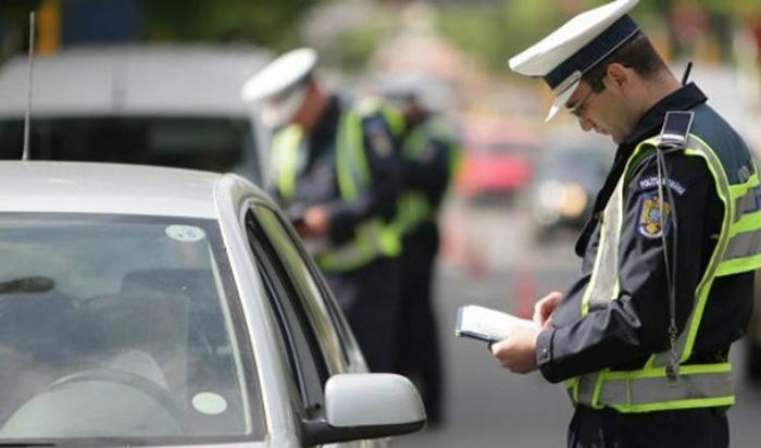 Șofer prins fără permis
