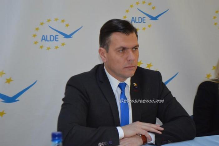 """Adrian Ștef: """"Deschidem șantiere pe 200 km de drumuri județene"""" (video)"""