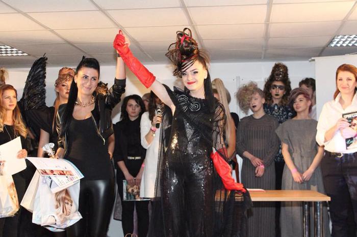 Sătmăreanca Bettina Szeri a câștigat un concurs de coafuri extravagante (Foto)