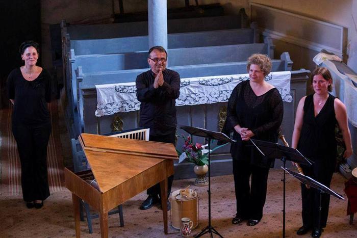 """Concert de muzică veche pe scena Filarmonicii """"Dinu Lipatti"""" (Video)"""