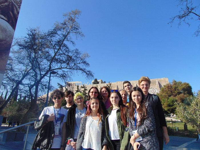 Elevi și profesori de la Liceul German, în vizită la o școală din Atena