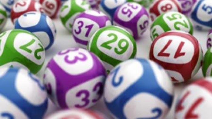 Vezi numerele câștigătoare la Loto