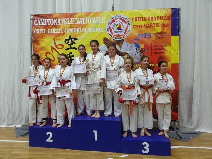 12 medalii de aur pentru CSM Satu Mare la Campionatul Național de Karate