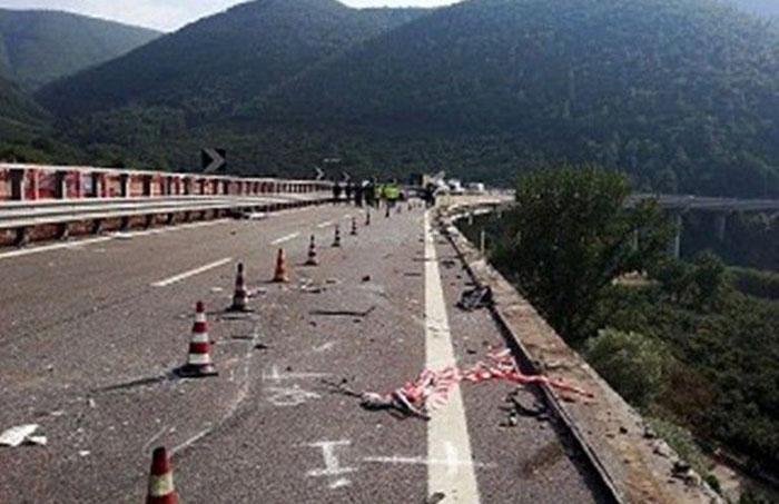 Un român care scăpase dintr-un accident a murit căzând într-o prăpastie, în Italia