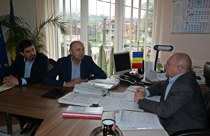 Prefectul Radu Bud, în vizită în Țara Oașului
