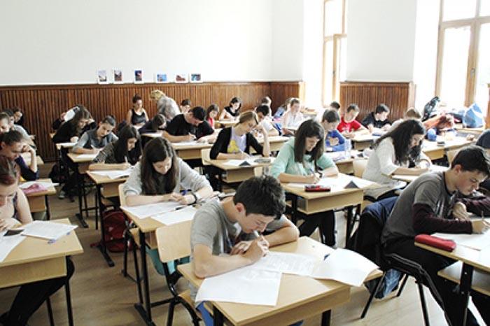 Simularea examenului de bacalaureat se desfăşoară în perioada 7-10 martie