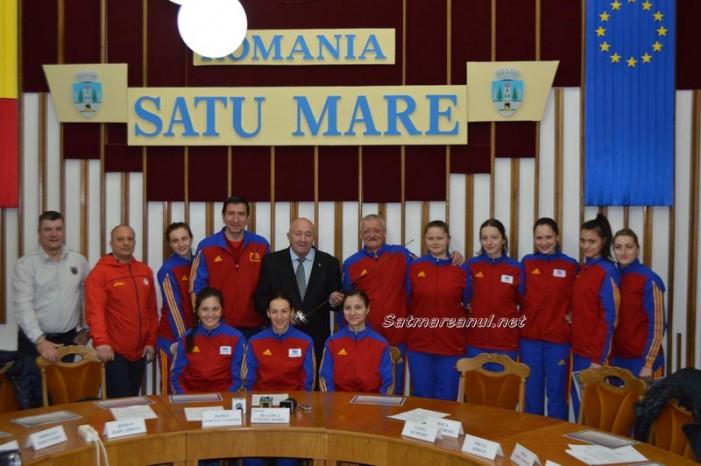 Spadasinele din lotul național, premiate de primarul Dorel Coica (Foto&Video)