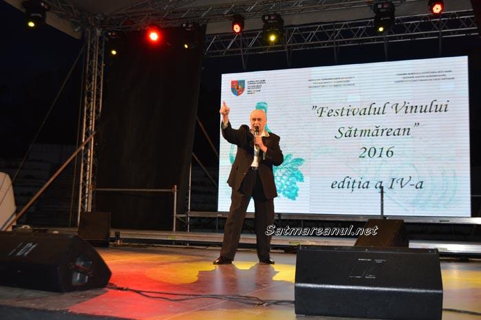 Petrecere cu Benone Sinulescu în Centrul Nou (Foto&Video)