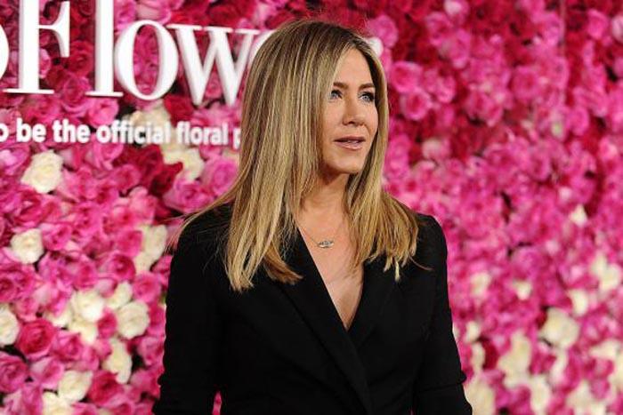 """Jennifer Aniston, desemnată """"Cea mai frumoasă femeie din lume"""" de revista """"People"""""""