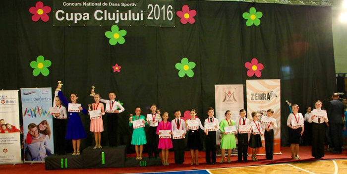 """""""Loga Dance School"""" a cucerit zece medalii la concursurile din week-end"""