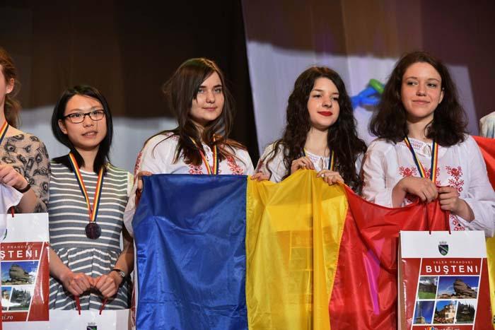 România a cucerit opt medalii la Olimpiada Europeană de Matematică pentru Fete