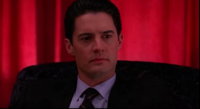 """Serialul """"Twin Peaks"""" revine pe micile ecrane (Foto&Video)"""